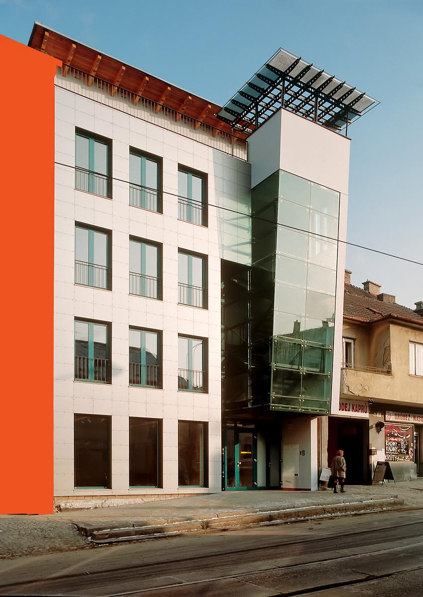 dům s komerčními prostory   Brno   01