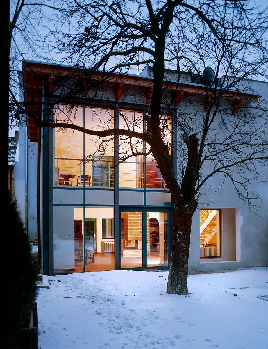 dům s komerčními prostory   Brno   06