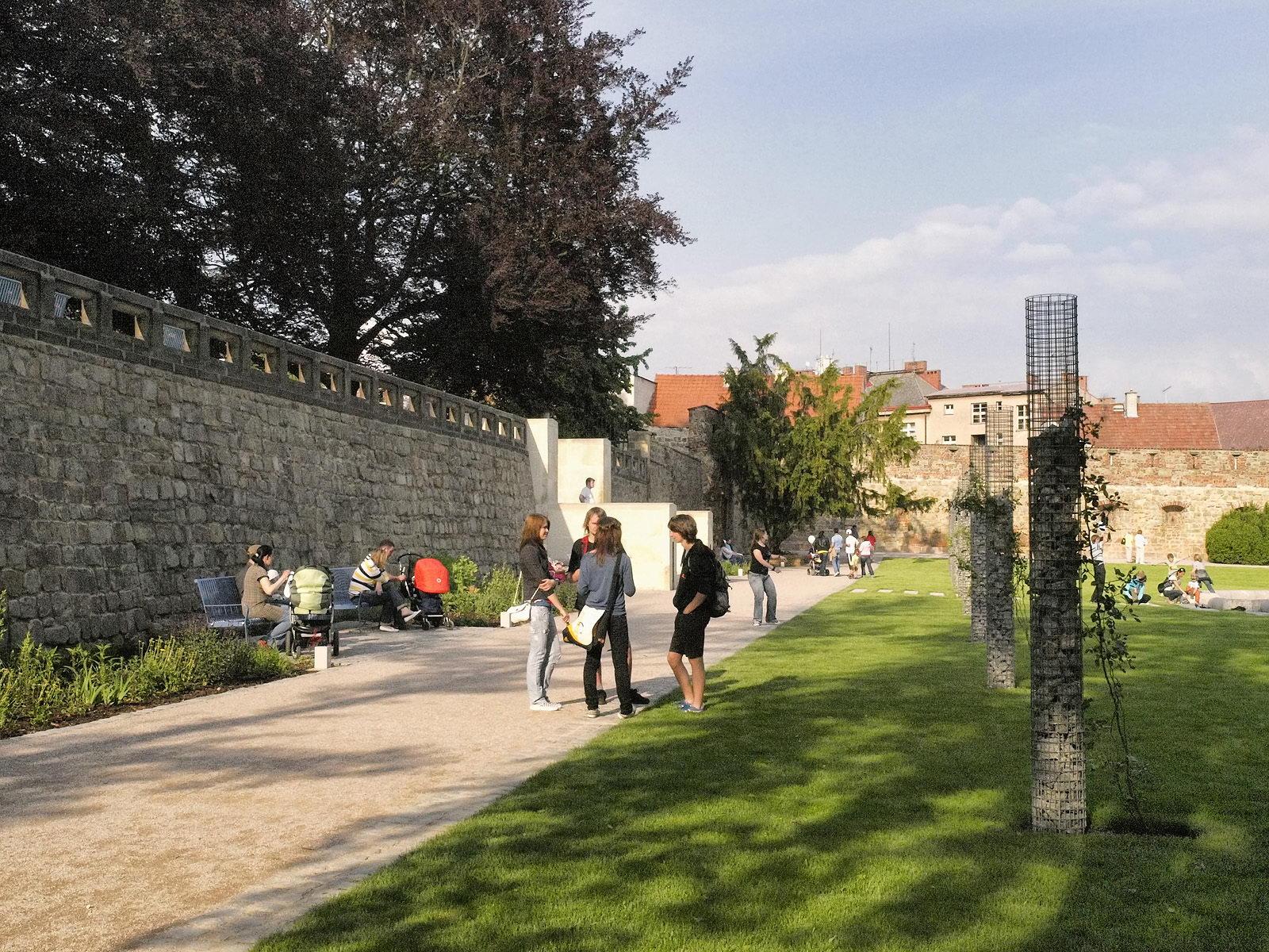 Zámecká zahrada | Jičín | 03