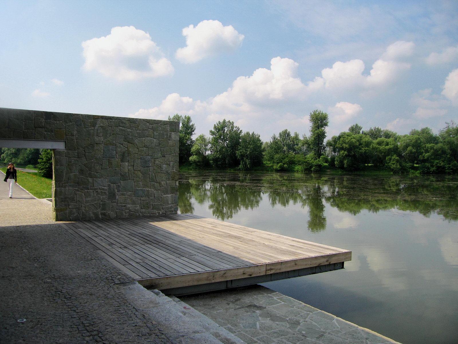 loděnice v parku   Karviná - Fryštát   03